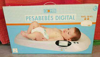 Bascula pesa bebés.