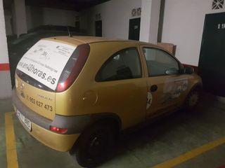 Opel Corsa 1.200 año 2001