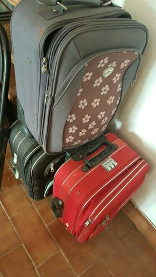 conjunto maletas