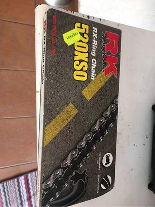 Cadena moto paso 520, retenes y 50 eslabones