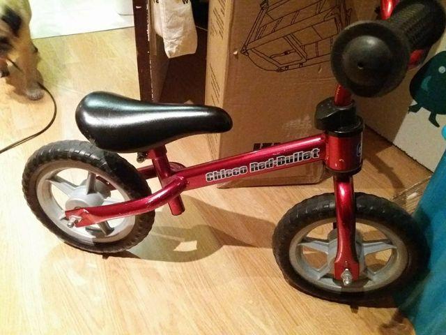 bici chicco sin pedales bullet rojo