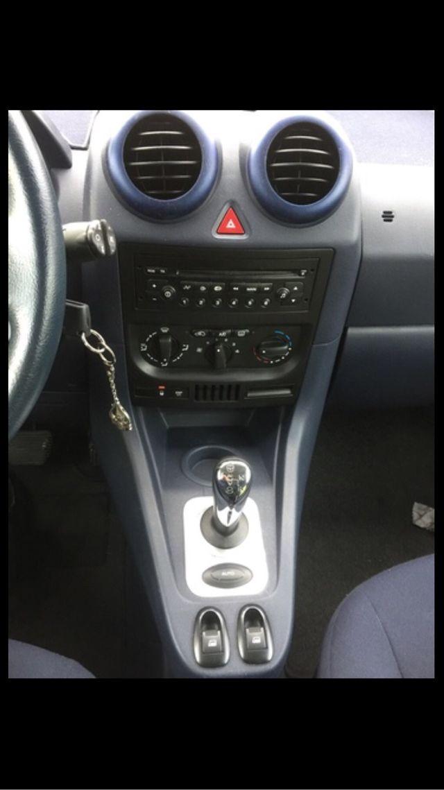 Peugeot 1007 2005 automatico 98000km ,