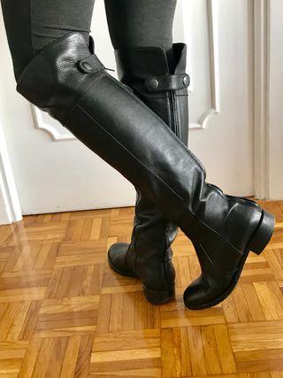 Botas altas de piel de segunda mano en A Coruña en WALLAPOP