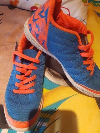 Zapatillas kipsta talla 30
