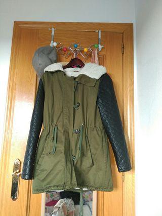 Abrigo verde S-M perfecto estado usado