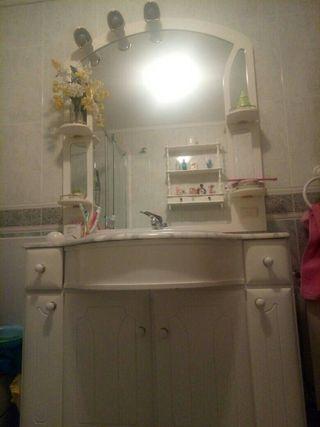 mueble armario de baño