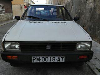 SEAT Ibiza 1988 mk1 0.9 gasolina (km en foto)