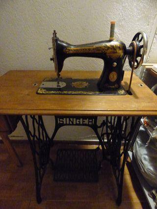 Maquina de coser Singer del 1923