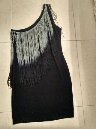 vestido flecos Zara
