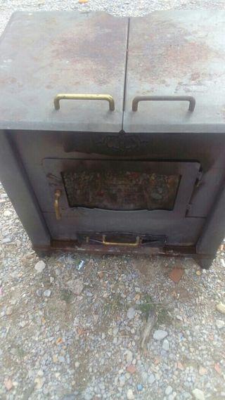 estufa de leña con puerta lateral