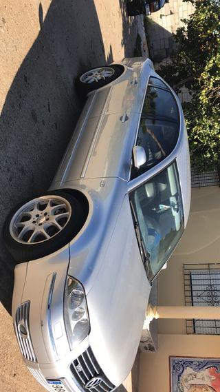 Volkswagen Passat w8 gasolina 275cv