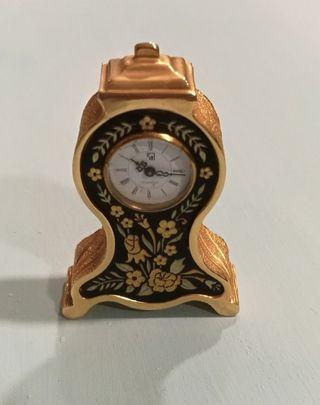 Precioso reloj damasquinado de Toledo
