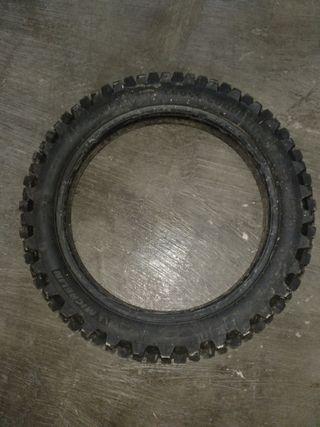 neumático motocross
