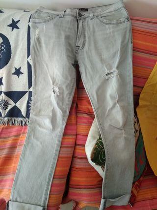 Pantalones Jeans A Extrenar