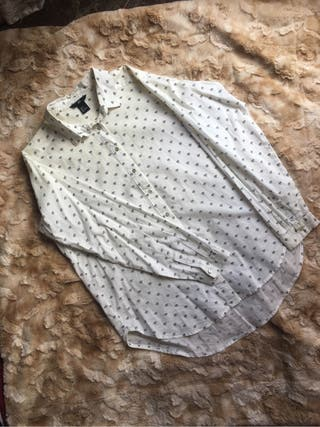 Camisas diferentes estampados