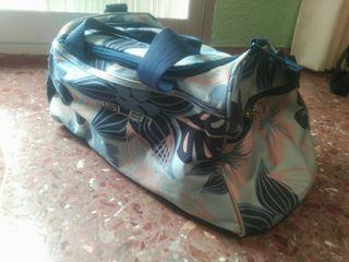 Bolsa de deporte, bolsa de viaje o macuto