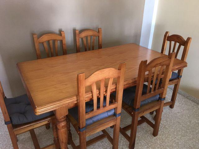 Mesa y sillas madera comedor de segunda mano por 200 € en Estepona ...