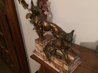 Escultura de bronce y marmol