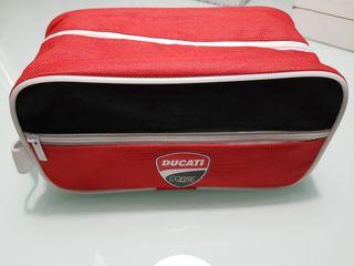 Bolso de aseo Ducati nueva