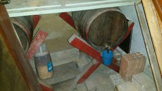 2 barriles de vino