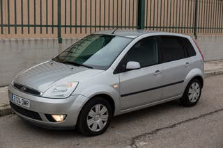 Ford Fiesta pocos kms garantía distribución hecha