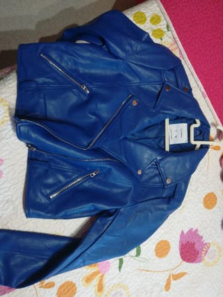 chaqueta de cuero azul