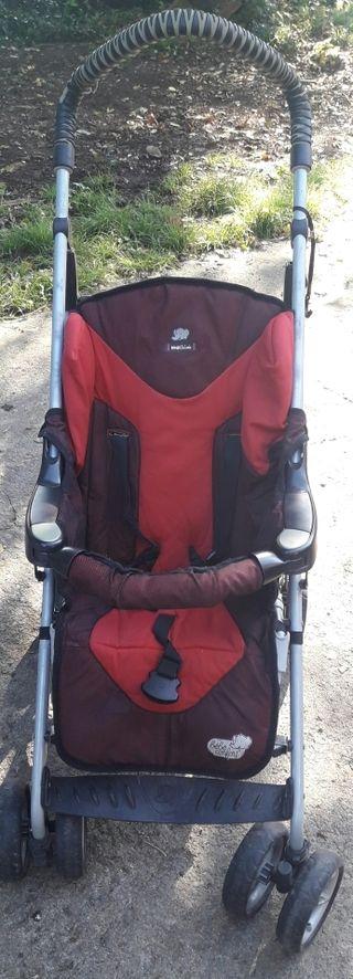 varias sillas de paseo de niño cambio o vendo