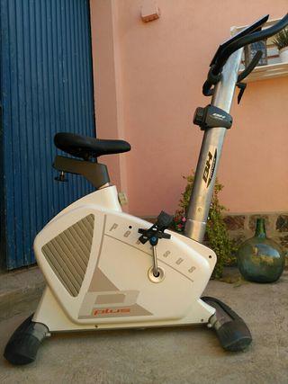 Bicicleta Estática BH Fitness Pegasus Plus