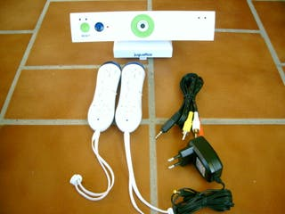 Consola marca jugettos, tipo wii
