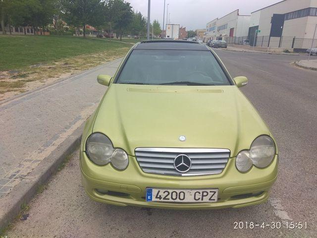 Mercedes-Benz Clase C220 CDI SPORTCOUPE 2004