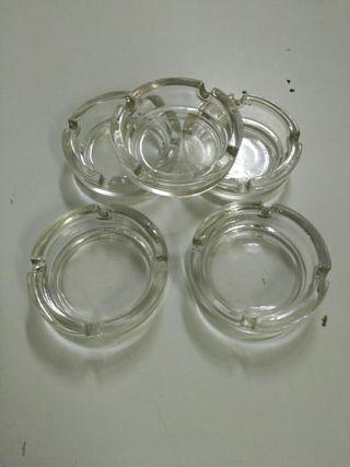 Ceniceros de cristal. 5 unid