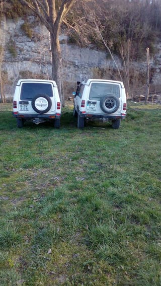2 Land rovers Discovery 300tdi 4x4
