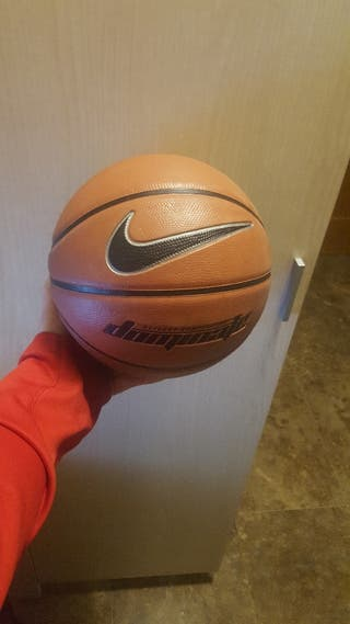pelota básquet nike. nueva 75 cm
