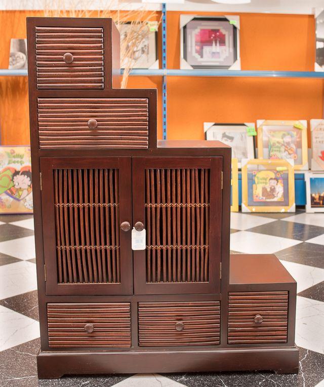 mueble forma escalera de segunda mano por 110 en el prat de