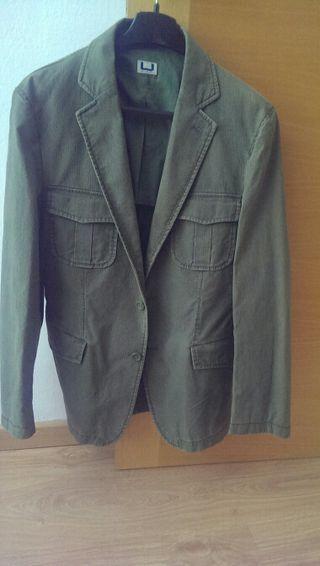 chaqueta pana Adolfo Domínguez