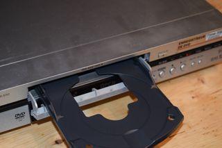 Reproductor y grabador DVD Panasonic DMR-E50