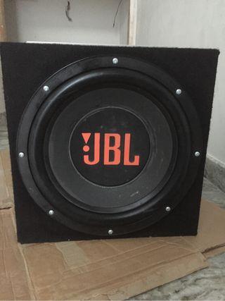 Subwofer jbl 15 y etapa mac audio 4000