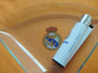 Real Madrid oficial , mechero y cenicero