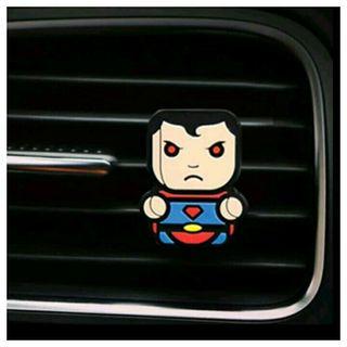A estrenar.Ambientador de coche SUPERMAN Marvel
