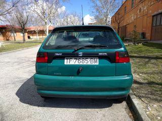 SEAT Ibiza 1.4 tres puertas elevalunas eléctricos