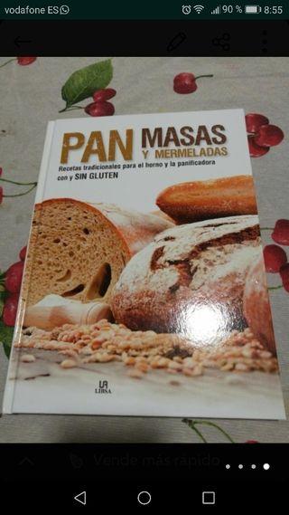 Pan, masas y mermelada