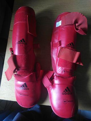Espinilleras kickboxing