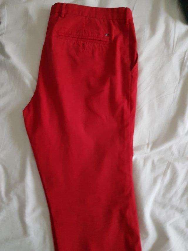 Pantalones Hombre Tommy Hilfiger De Segunda Mano Por 30 En Castellon De La Plana En Wallapop