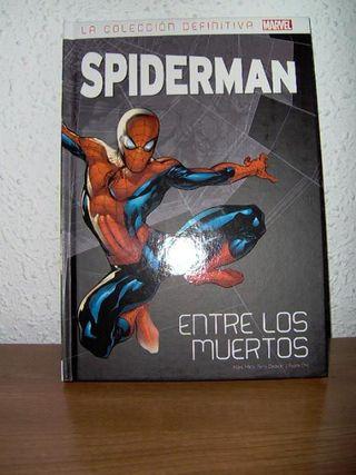 Spider-Man: Entre los muertos + fascículo y poster