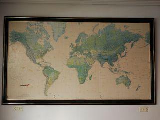 Mapamundi enmarcado
