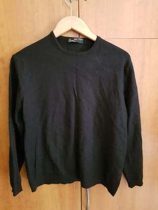 Suéters. A 3 euros la unidad.
