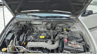 Nissan Almera año 2000