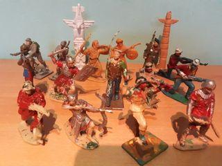 soldados indios y vaqueros