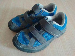zapatillas QUECHUA n.29 niño