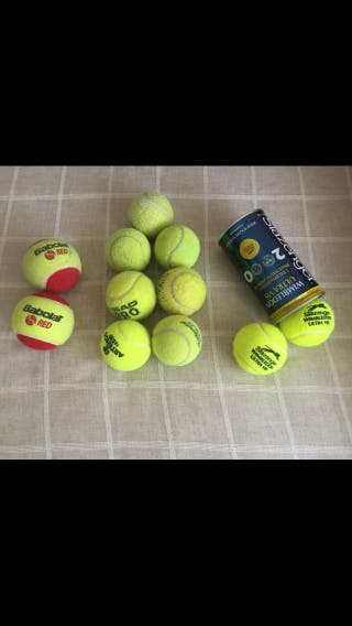 15 Pelotas : 4 de tenis + 11 paddle
